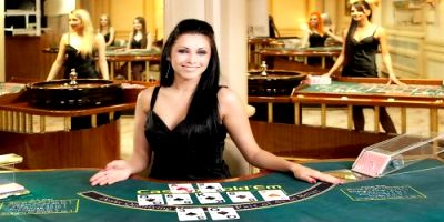 £10 no deposit required at Titan Casino Live Dealer