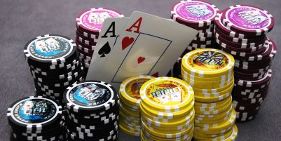 Texas Hold'em Strategy: learn odds and probabilities